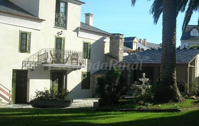 Apartamentos casa josefina casa rural en el franco asturias - Apartamentos baratos asturias ...