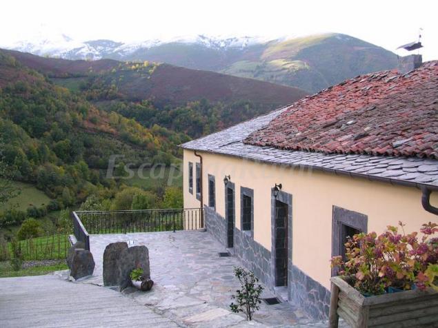 Apartamentos casa vuelta casa rural en trascastro asturias - Apartamentos baratos asturias ...