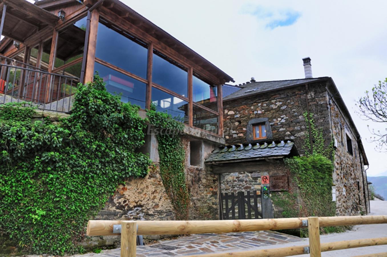 Fotos de casa corral casas de aldea casa de campo allande asturias - Casa de campo asturias ...
