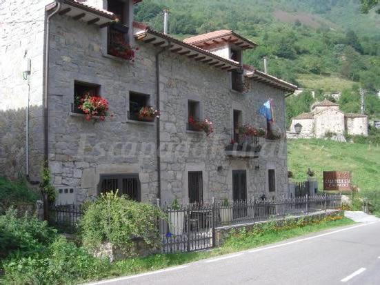 Apartamentos casa modesta casa rural en somiedo asturias - Apartamentos baratos asturias ...