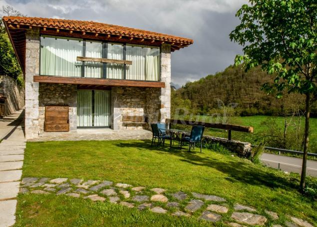 El lleron casa rural en campo de caso asturias - Casa de campo asturias ...