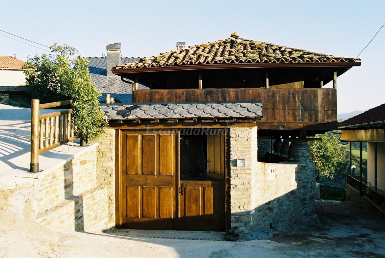 Fotos de casa de aldea el mirador casa rural en cangas del narcea asturias - Casas de aldea asturias ...