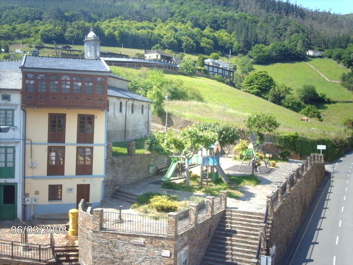 Foto di apartamentos el mirador casa vacanze ataramundi asturias - Apartamentos baratos asturias ...