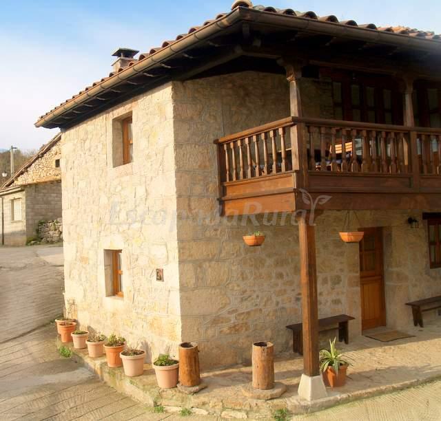 Fotos de casa de aldea pamirandi casa rural en cabrales asturias - Casa rural pamirandi ...