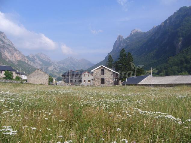 Precios de la corona del auteiro casa rural en somiedo asturias - Casas rurales asturias 2 personas ...
