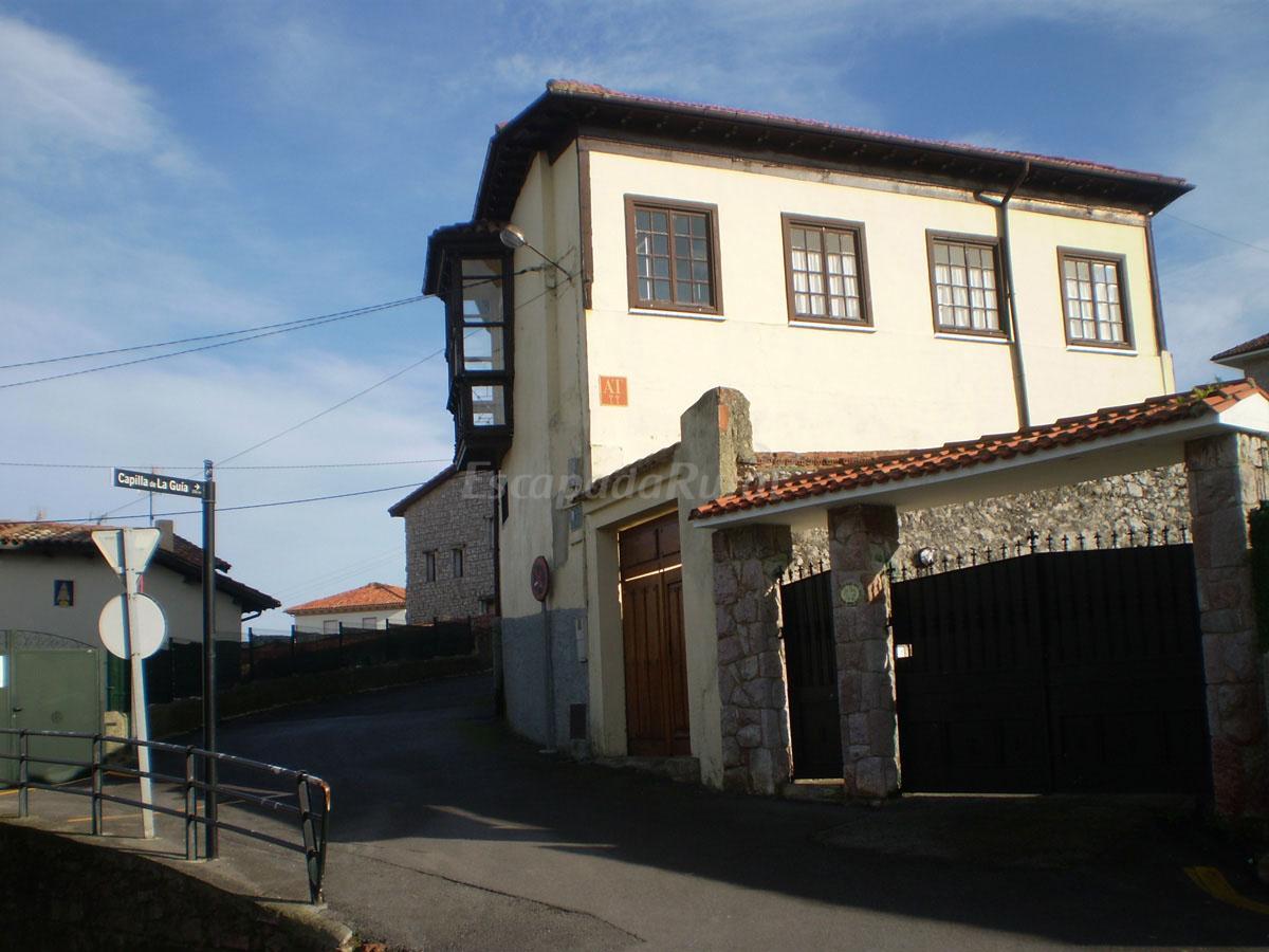 Fotos de apartamentos la guia casa rural en llanes asturias - Apartamentos baratos asturias ...
