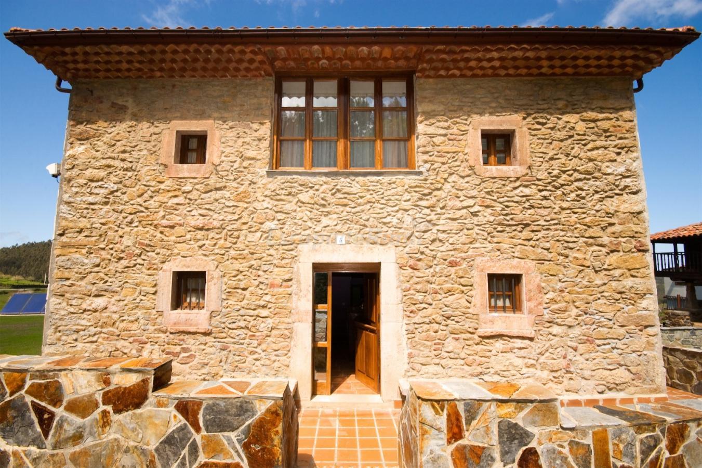 Fotos de casa de aldea los sombredales casa rural en soto del barco asturias - Casas de aldea asturias ...