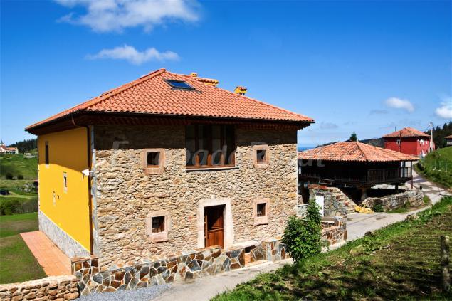 Casa de aldea los sombredales casa rural en soto del - Casas de aldea asturias ...