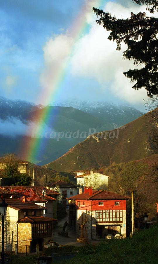 Fotos de apartamentos rurales las muelas casa rural en cabrales asturias - Casa rural cabrales ...