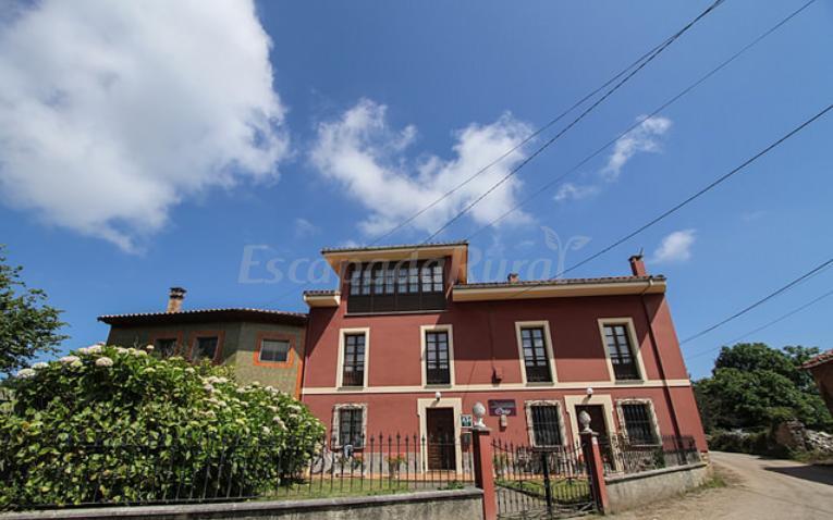 Fotos de apartamentos rurales ovio casa rural en llanes asturias - Apartamentos rurales llanes ...