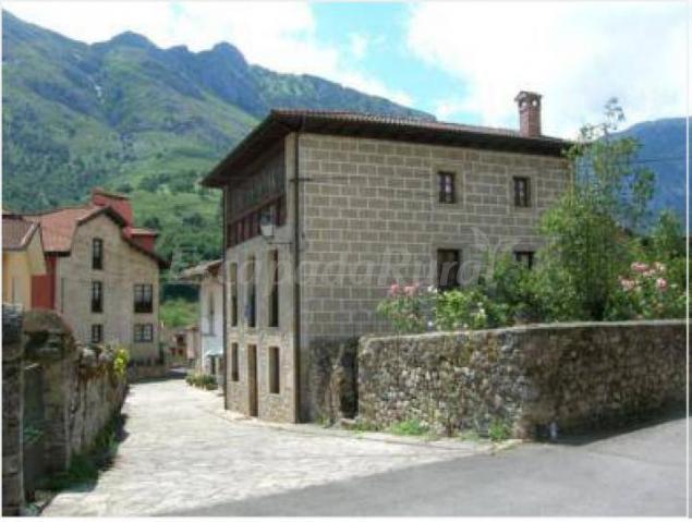 Casona lidia casa rural en cabrales asturias - Casa rural cabrales ...