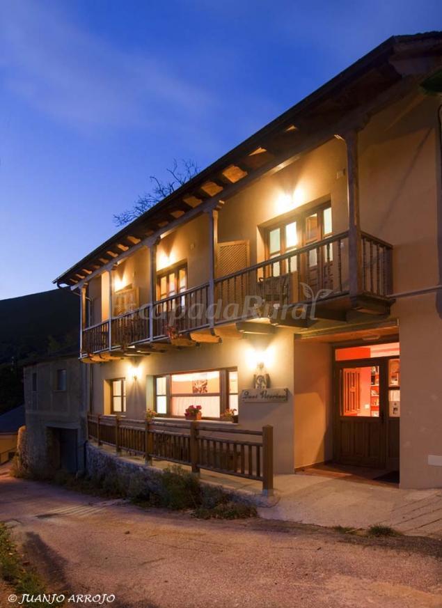 Casa rural quei vitorino casa rural en dega a asturias for Casas rurales con encanto y piscina