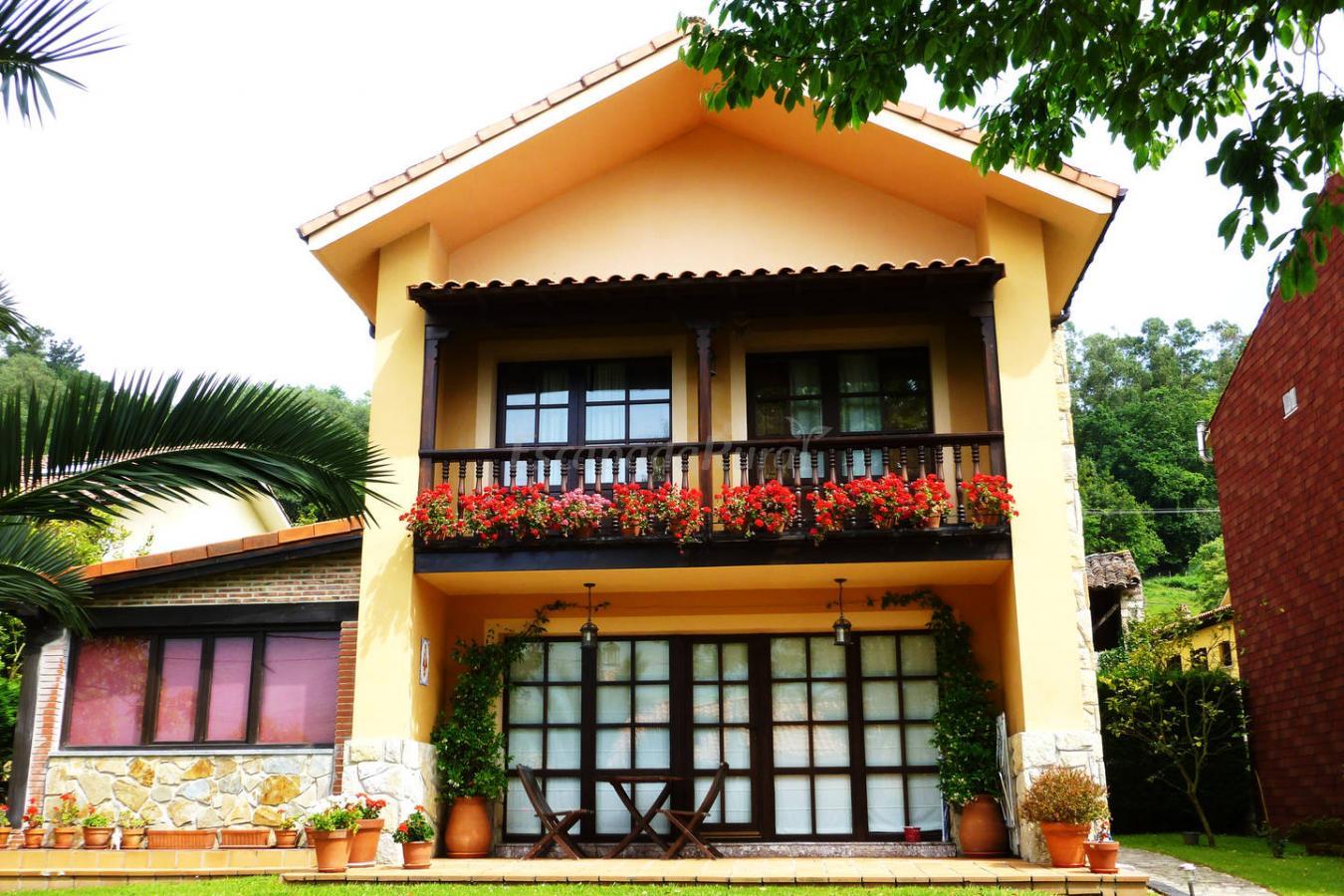 Fotos de las endrinas casa de campo em llanes asturias - Casa de campo asturias ...