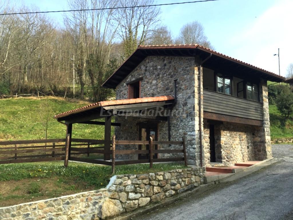 Fotos de la casina de isongo casa rural en isongo asturias - Fotorural asturias ...