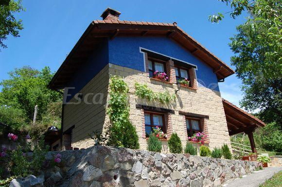 Casa rural el esguil casa rural en cangas de on s asturias - Casa rural en cangas de onis ...