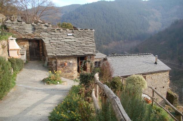 Apartamentos rurales esqu os casa rural en taramundi asturias - Casas rurales asturias 2 personas ...