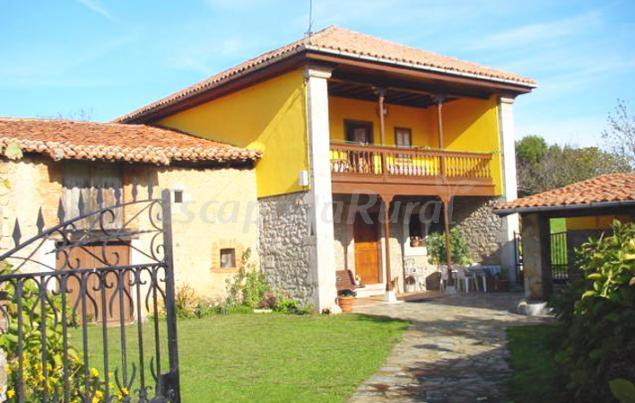 El Rincon De Toni Y La Encina Casa Rural En Ribadesella Asturias