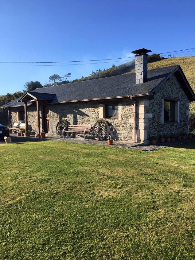El xeiron casa rural en vald s asturias - Casa rural luarca ...