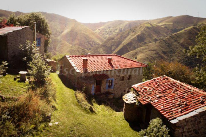 Fotos de teixidiello casa de campo emcudillero asturias - Casa de campo asturias ...