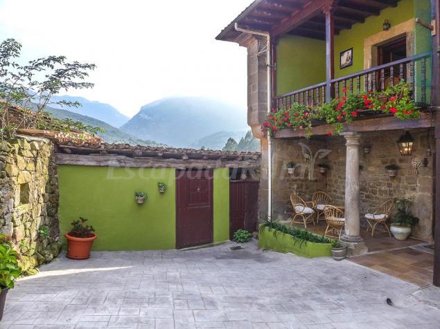 Casa Dora - Casa rural en Peñamellera Baja (Asturias)