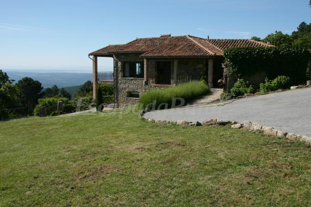 La hacienda de gredos casa rural en guisando vila - Casa rural guisando ...
