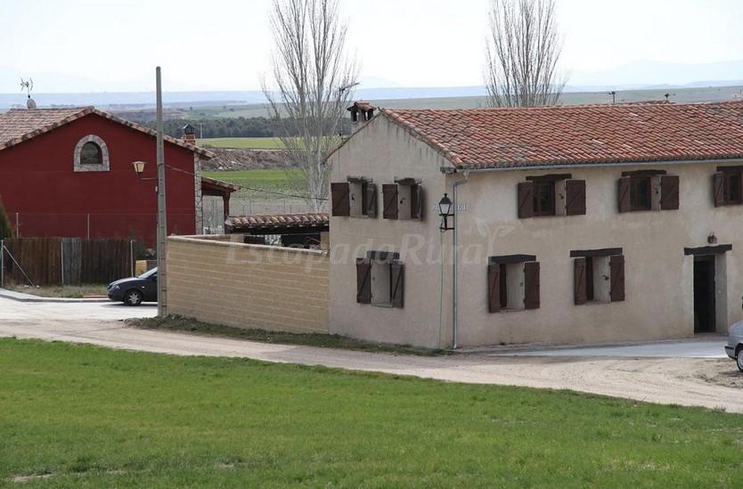 Fotos de la fragua casa rural en villanueva de g mez vila - Villanueva de avila casa rural ...