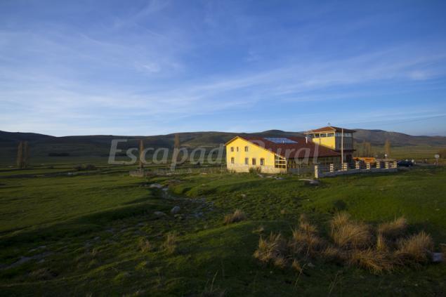 Fuente alberche casa rural en san mart n de la vega del - Casa rural san martin de la vega ...