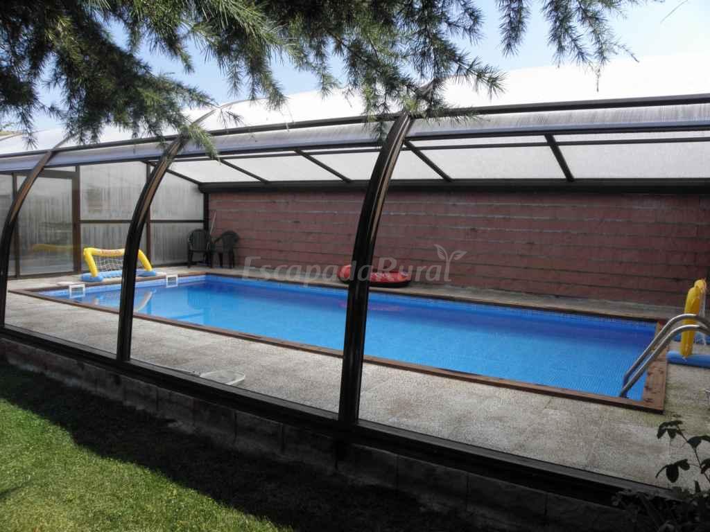 Fotos de casa rural el pradillo casa rural en villatoro for Piscina pradillo