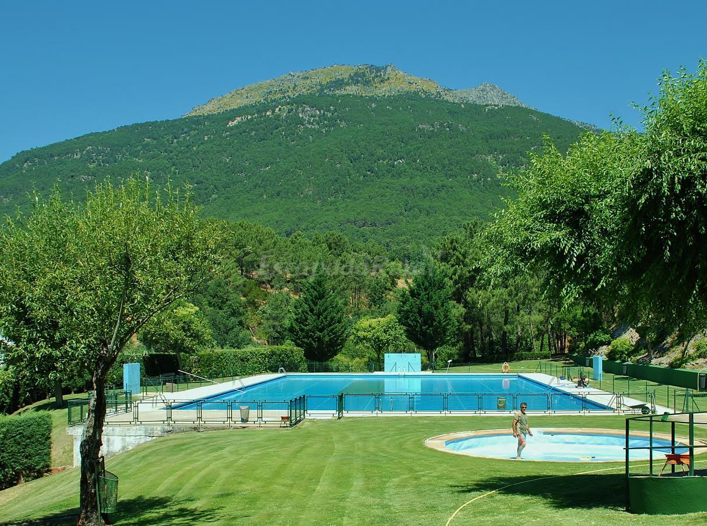Fotos de casa rural la fragua casa rural en lanzah ta for Casa rural avila piscina