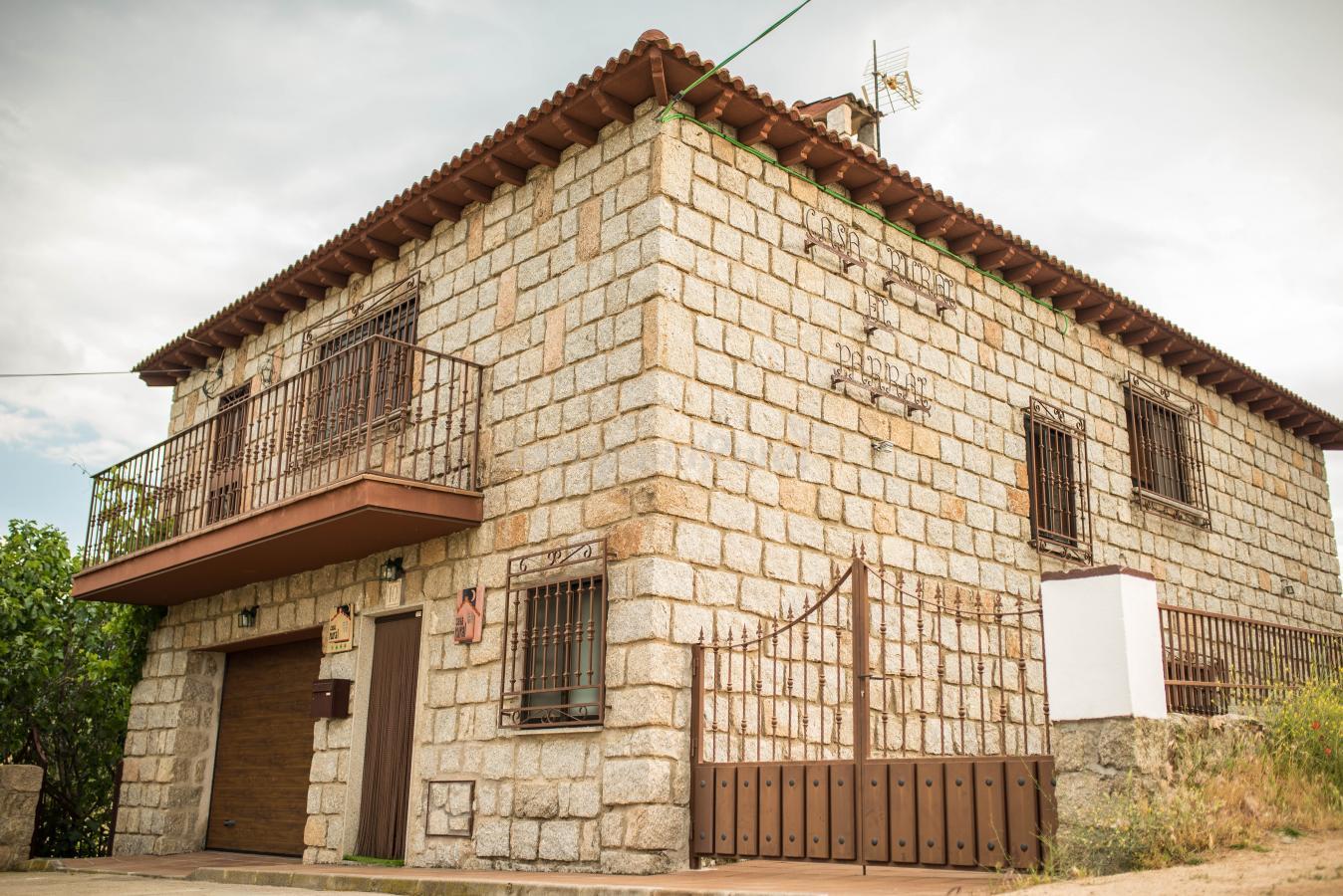 Fotos de el parral casa rural en burgohondo vila - Casa rural el parral ...