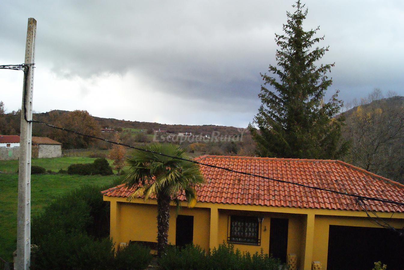 Fotos de el hogar de julita casa rural en san bartolom for Casa rural el jardin de san bartolome