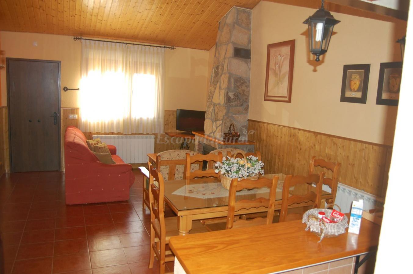 Foto di casa rural los treboles casa vacanze asan mart n - Casa rural san martin de la vega ...