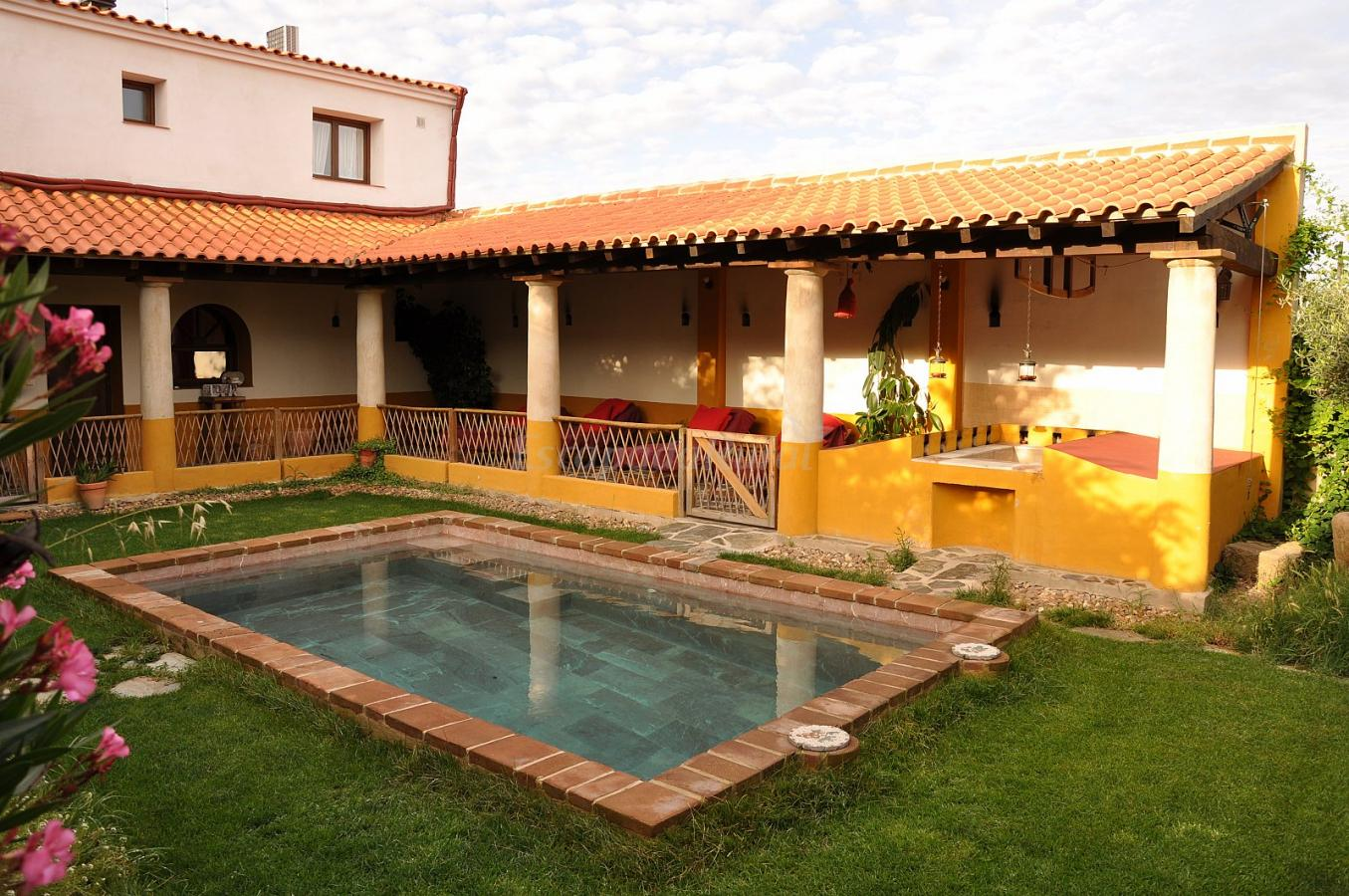 Fotos de termas aqua libera casa rural en aljuc n badajoz for Casas rurales en badajoz con piscina
