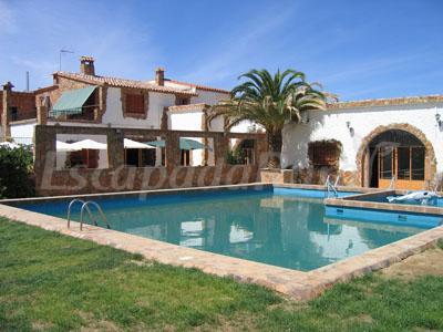 Complejo De Turismo Rural Charca De Zalamea Casa Rural En Zalamea De La Serena Badajoz