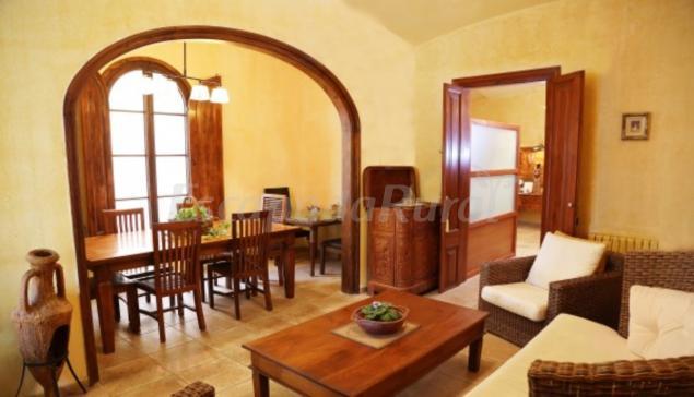 Roman casa rural en caldes d 39 estrac barcelona for 56 635