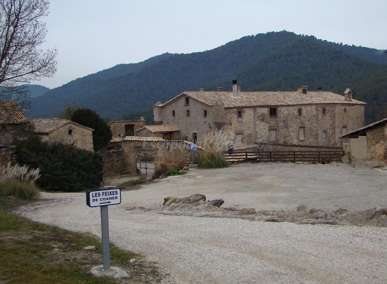 Fotos de les feixes de coaner casa rural en salo barcelona - Casa rural economica barcelona ...