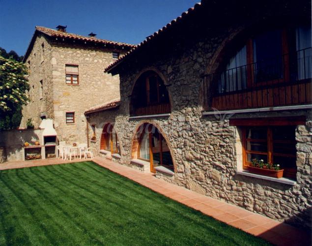 El cobert de vilaformiu casa rural en berga barcelona - Casa rural economica barcelona ...