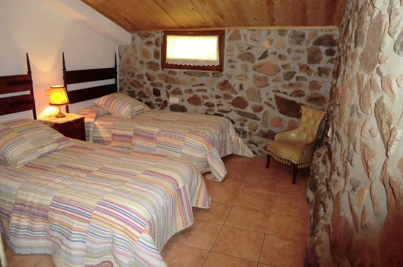 Fotos de masia les illes casa rural en montseny barcelona for Casa rural montseny
