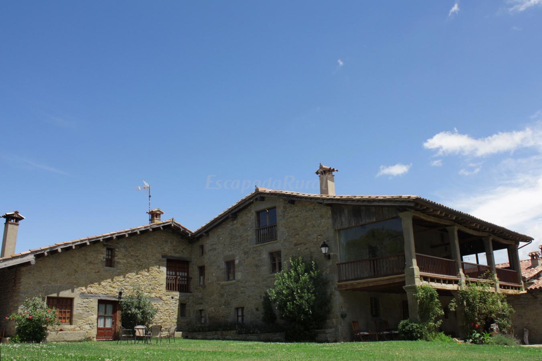 Foto di mas la serra casa rural en rupit i pruit barcelona - Casa rural en rupit i pruit ...