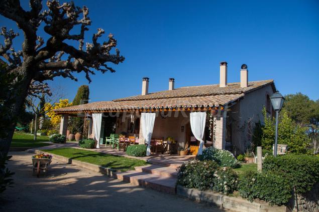 Can caponet casa rural en lli d 39 amunt barcelona - Can caponet casa rural ...