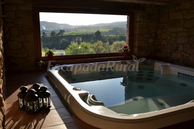Fotos de caselles casa rural en fonollosa barcelona - Casa rural economica barcelona ...
