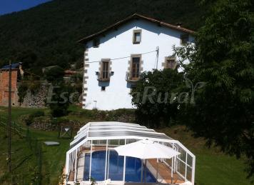 La vinyeta casa vacanze asant pere de torell barcelona for Piscina de torello