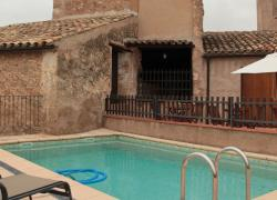 Piscina masía rural Can Còdol,...