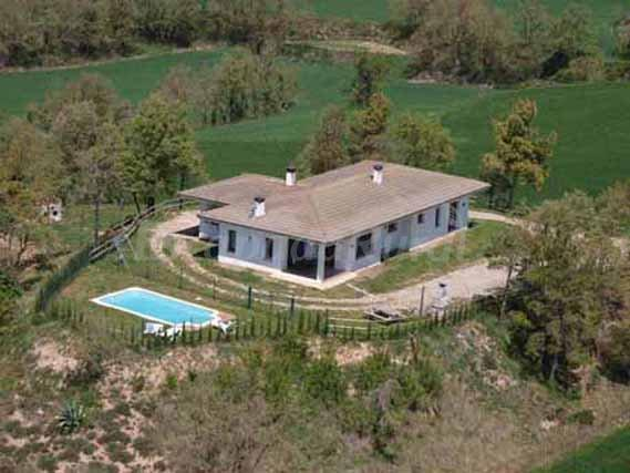 Chalet del mas reig casa rural en sant bartomeu del grau for Alquiler casa con jardin barcelona