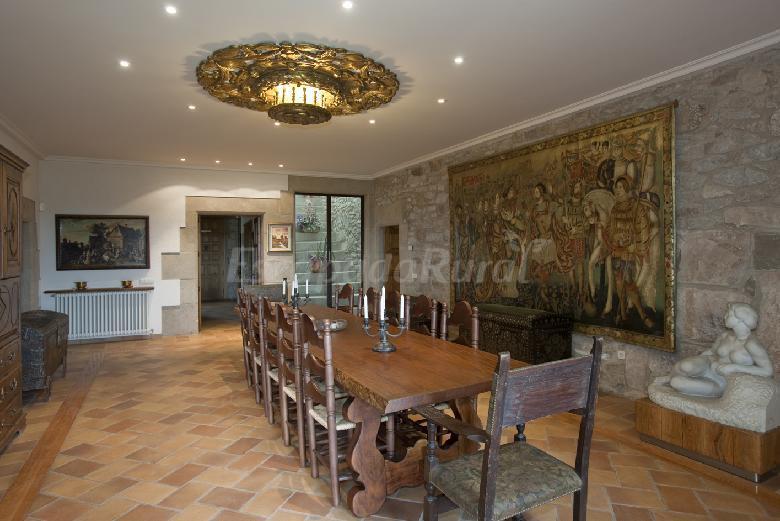 Fotos de la roca casa rural en perafita barcelona - Casa rural economica barcelona ...