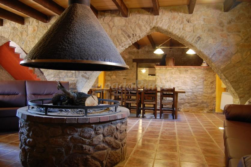 Fotos de masies el prat casa rural en sant jaume de frontany barcelona - Casa rural sant jaume de frontanya ...