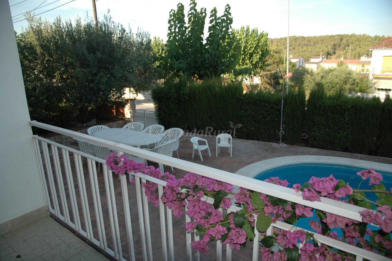 Fotos de casa de vacaciones cal vives casa rural en canyelles barcelona - Apartamentos de vacaciones en barcelona ...