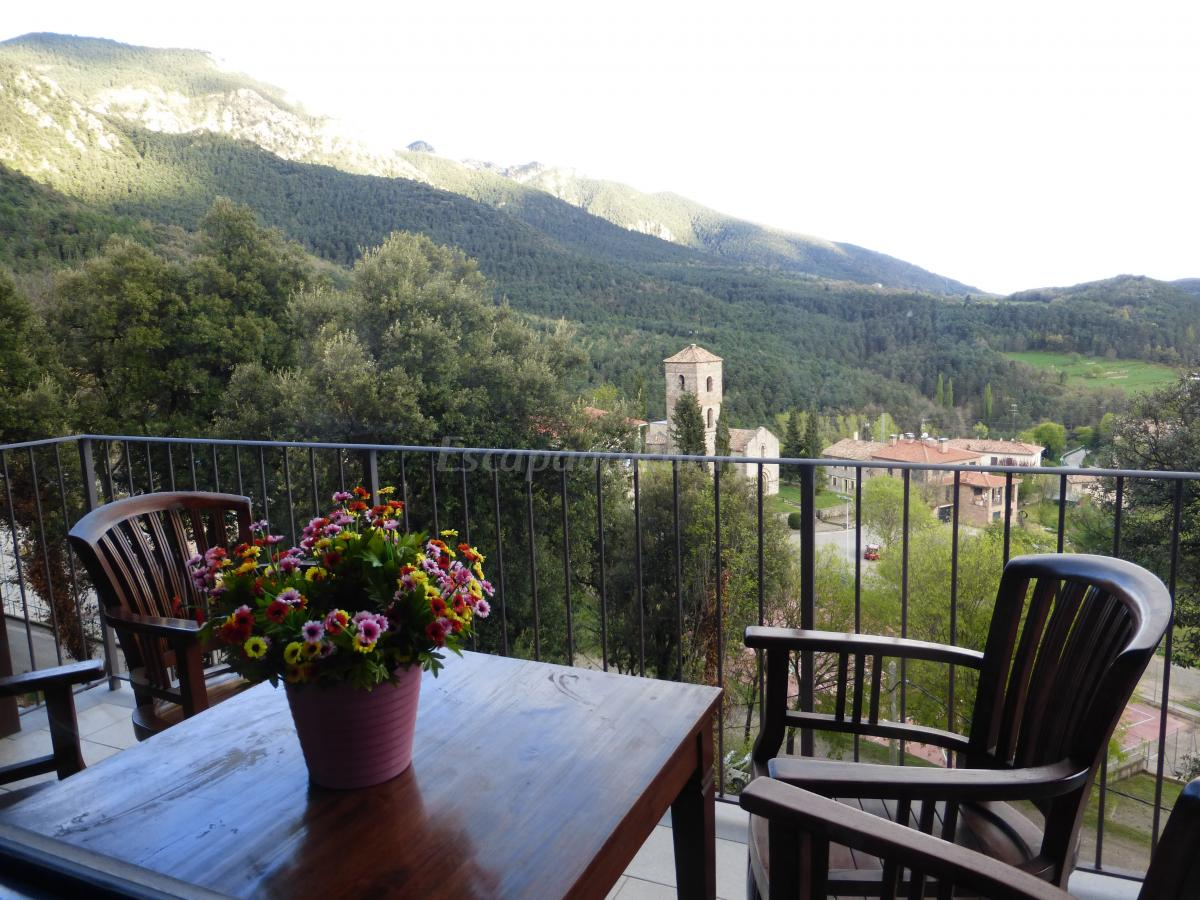 Fotos de viladomatrural casa rural en la nou de bergued for Casa rural la balconada