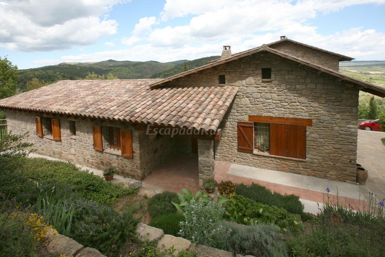 Fotos de entre roures casa rural en moi barcelona - Rehabilitacion de casas rurales ...