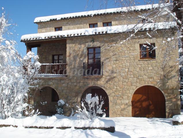Casa cal sastre casa rural en montclar barcelona - Casa rural economica barcelona ...